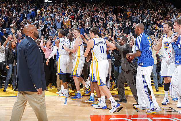 Andre Iguodala celebrates game-winning jumper by leaving dudes …