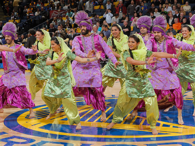 The Golden State Warriors are hosting a 'Bollywood Night', lead…