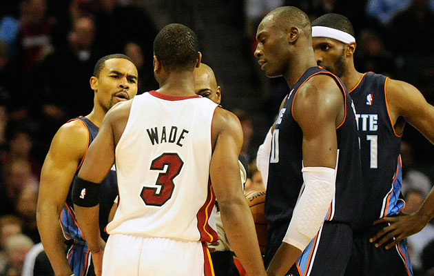 Dwyane Wade kicks Ramon Sessions in the groin late in Heat win …