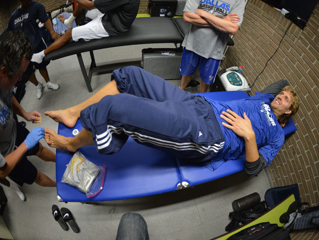 Dirk Nowitzki's knee surgery will keep him out six weeks, and i…