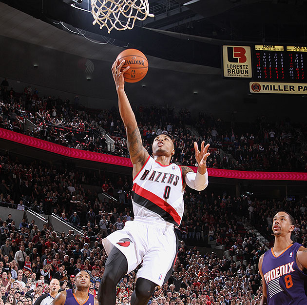 Damian Lillard gets an easy, breezy game-winning layup to push …