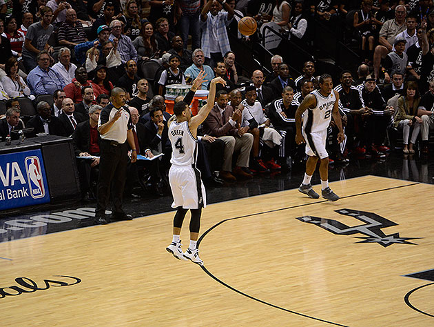 The 10-man rotation, starring how Danny Green keeps getting ope…