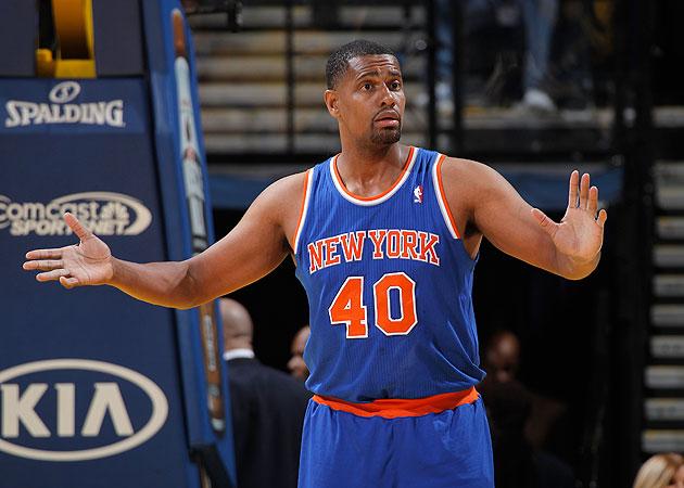 The Knicks call 40-year-old Kurt Thomas 'Mid Life'