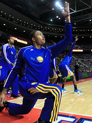 Warriors rookie Kent Bazemore's bench celebrations are great (V…