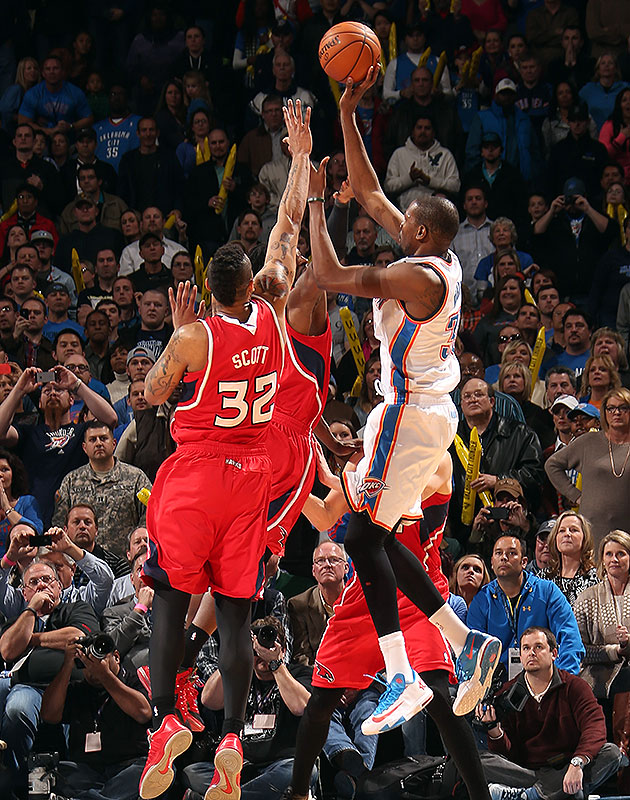 Kevin Durant (41 points) hits game-winning jumper over 2 defend…