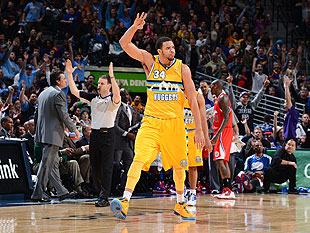JaVale McGee hits 1st career 3, celebrates with cooking dance a…