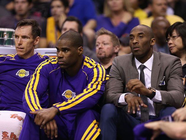 Antawn Jamison says Kobe Bryant asks his teammates to yell at h…