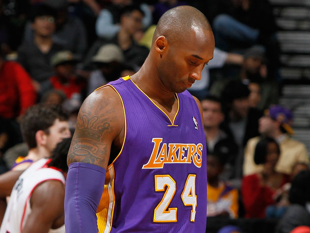 Kobe Bryant is out for six weeks with a fracture in his left kn…
