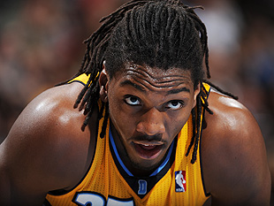 Kenneth Faried puked on the Nuggets bench during win over Spurs…