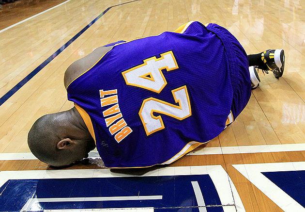 Kobe Bryant out indefinitely after suffering severe left ankle …
