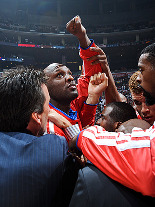 Noted motivational guru Lamar Odom to give Clippers teammates b…