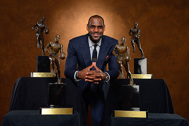 LeBron James named Associated Press' 2013 Male Athlete of the Y…