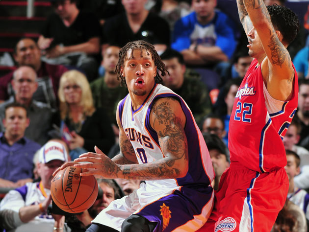 Michael Beasley cited for driving without license or plates, bu…
