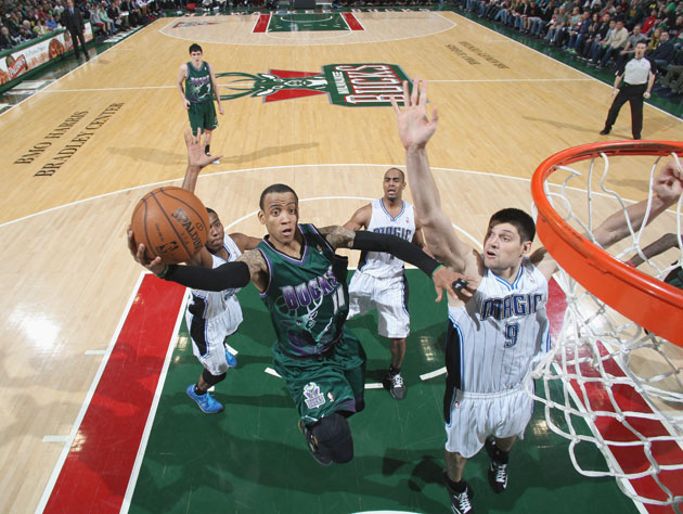 Monta Ellis drops a 25-point quarter in a comeback win, but we …