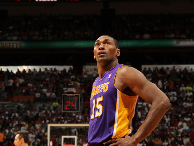 Metta World Peace is awakened by 20 police cars after a movie f…