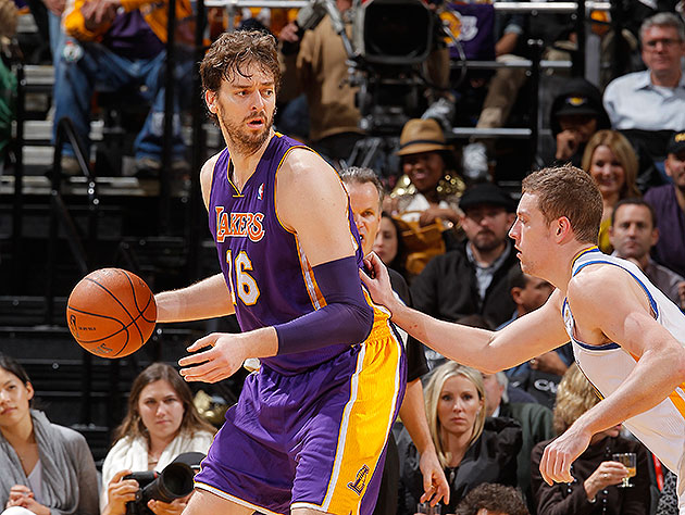 The 10-man rotation, starring the importance of getting Pau Gas…