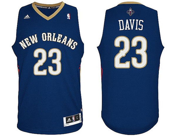 The New Orleans Pelicans unveil their new, positively plain, un…