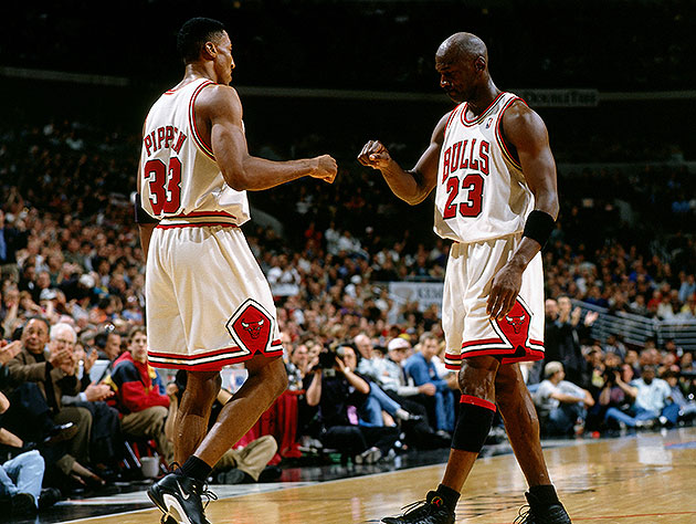Michael Jordan names the four teammates he'd pick to make the B…