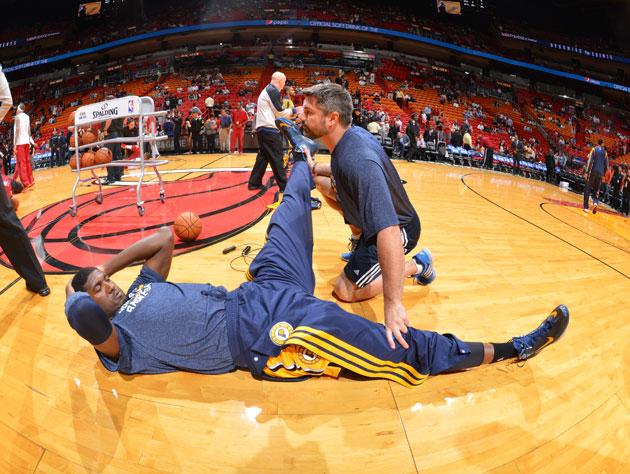 Roy Hibbert photobombs the ESPN studio crew, makes everything d…