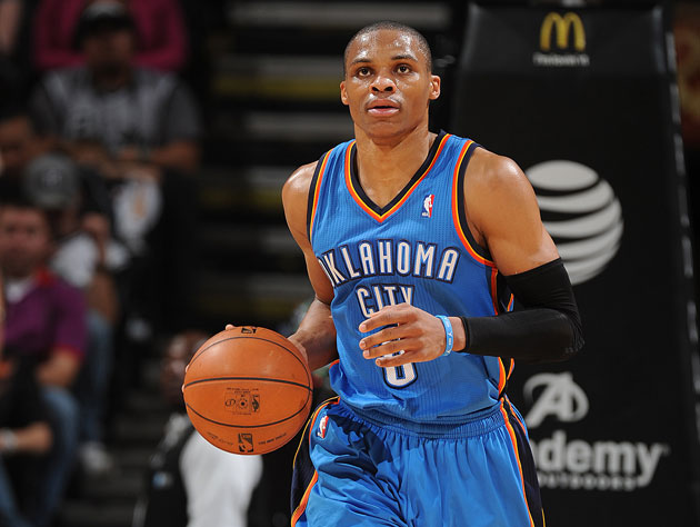 Russell Westbrook chucks from half court to try and earn free t…
