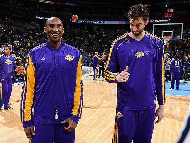 'Coach Vino' makes the call: Kobe checked in with Pau Gasol at …