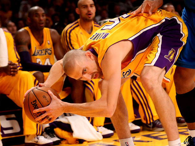 Steve Blake is fined for jawing with a heckler, eventually meet…