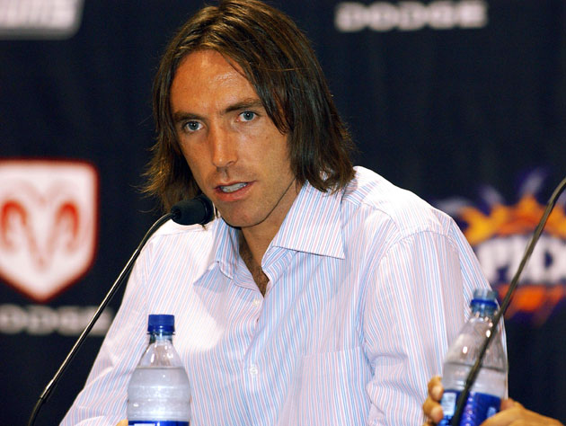 Steve Nash returns to Phoenix … again