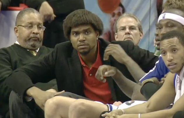 Andrew Bynum's hair looks great, everyone