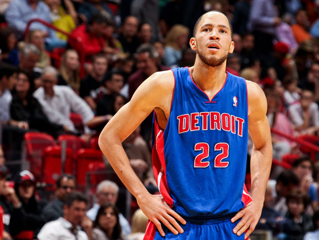 Tayshaun Prince says goodbye to the Detroit Pistons