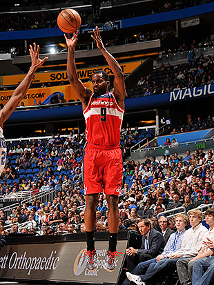 Martell Webster's baaaaaaaaaaaaaaack with the Washington Wizard…