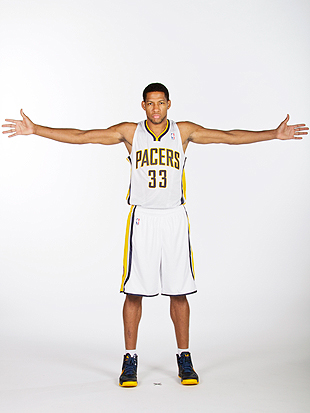 Danny Granger (left knee injury) to miss 3 months in big blow f…