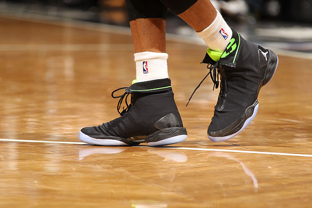 Russell Westbrook debuts the Air Jordan XX8 during Thunder win …