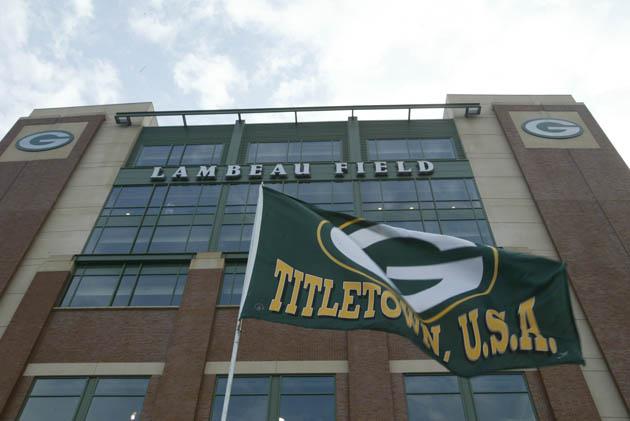 Lions rookie Darius Slay confuses Lambeau Field with Lamborghin…