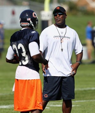 Bears return man Devin Hester pondering retirement after Lovie …