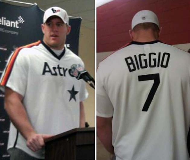 Houston's J.J. Watt shows support for Craig Biggio after baseba…