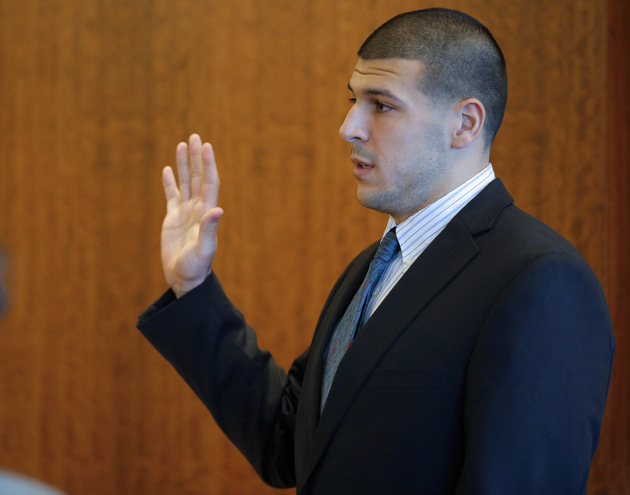 Aaron Hernandez appears in court for a pretrial hearing, prosec…