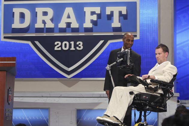 Steve Gleason announces New Orleans draft pick in draft Day 2's…