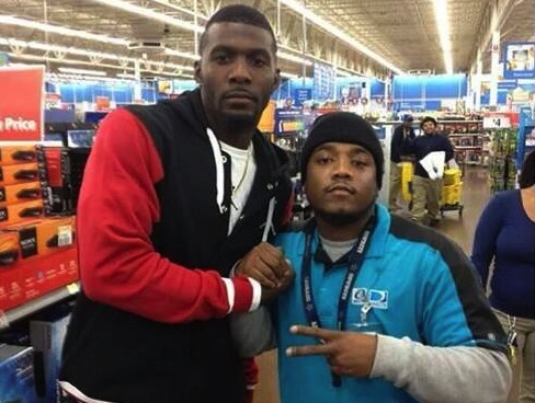 Dez Bryant buys everyone in line at Walmart a PS4