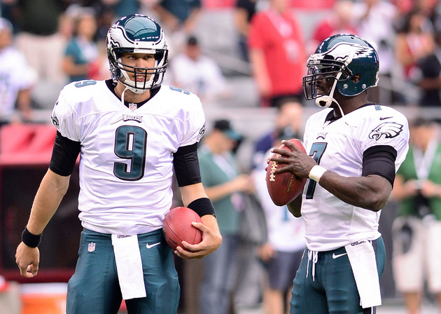 Eagles quarterback Michael Vick joins Nick Foles to announce he…
