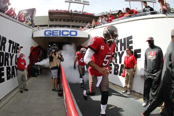 Report: Bucs fined Freeman twice for conduct