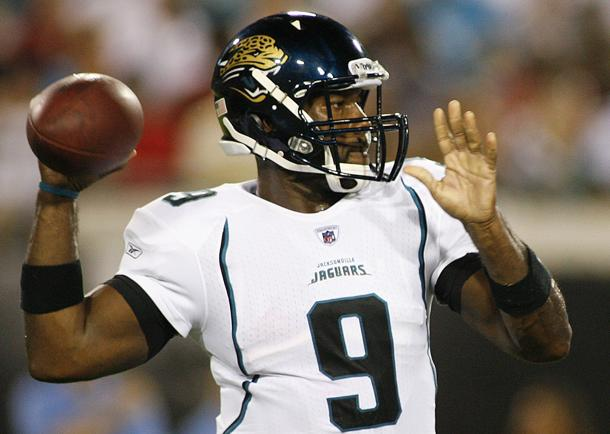 Quarterback David Garrard comes out of retirement and signs wit…