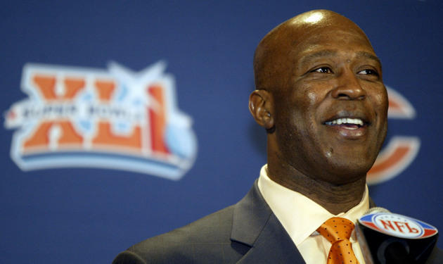 Report: Texans will interview former Bears coach Lovie Smith
