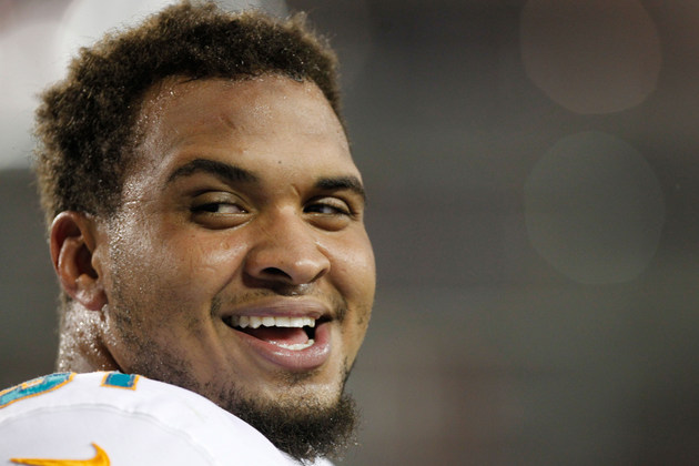 Richie Incognito and Mike Pouncey watched Dolphins game togethe…