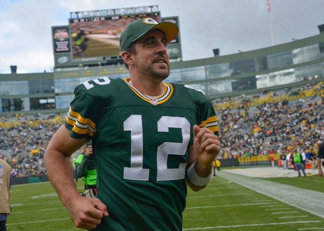 Packers quarterback Aaron Rodgers says he's not gay and 'I real…
