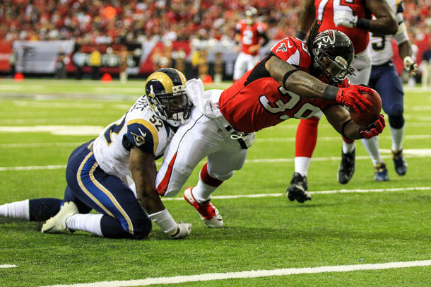 Falcons running back Steven Jackson questionable after thigh br…