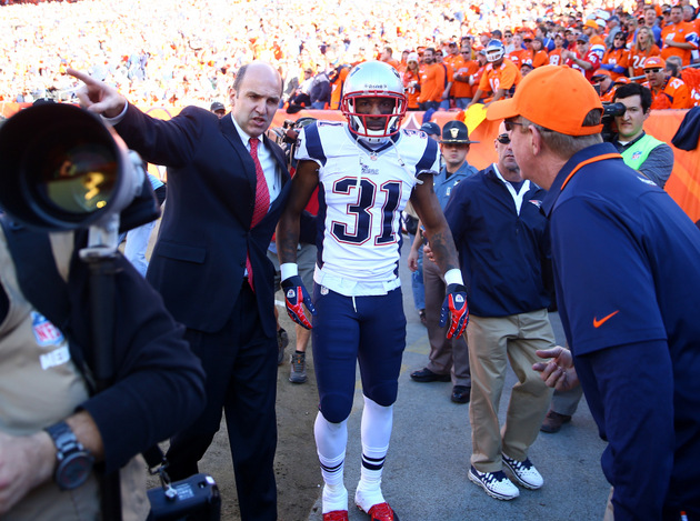 Report: Patriots cornerback Aqib Talib's knee injury is not sig…