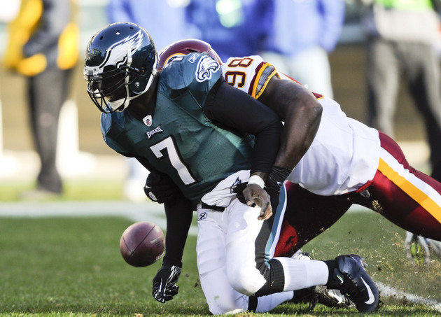 Michael Vick, 10-year NFL veteran, had to be taught by Chip Kel…