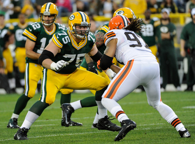 Green Bay Packers diagnose tackle Bryan Bulaga with season-endi…