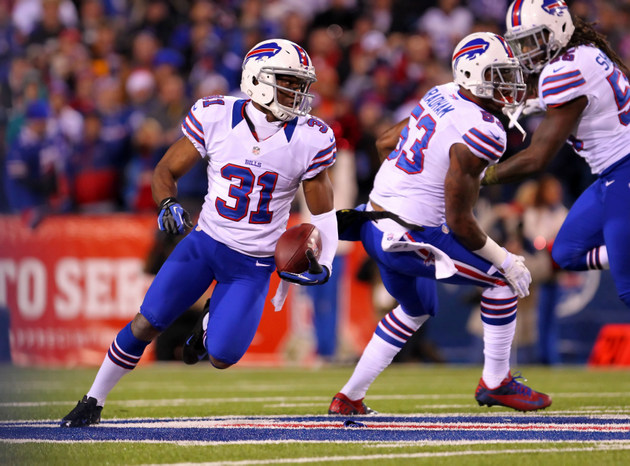 Jairus Byrd signs his franchise tender after dragging it out a …
