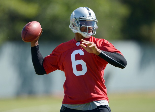 Terrelle Pryor said he never knew how to throw a football befor…